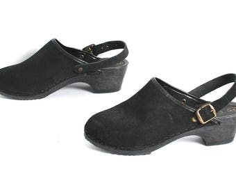 size 7 CLOGS black suede 80s 90s WOODEN slip on BOHEMIAN swedish mules