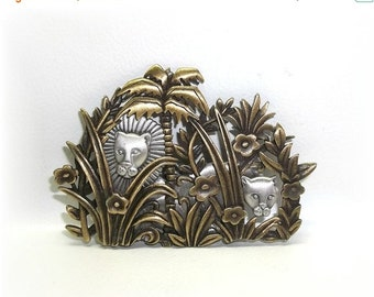 JJ Lions in Jungle pin brooch antiqued gold tone NOS wild cat cub