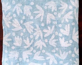 daisy toss. block print linen napkins set of two.