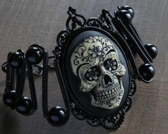 Skull bracelet, Gothic chic, Skull Jewelry - Bracelet with Ivory Sugar Skull cameo