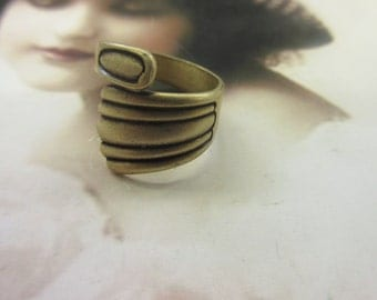 Vintage Brass Ox Plated Brass Spoon Rings 1045BOX x1
