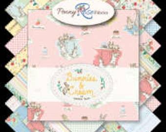 Bunnies & Cream Fat Quarter Bundle (FQ-6020-18)