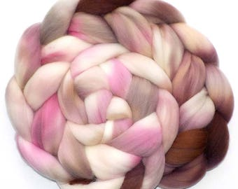 Roving Targhee Handdyed Combed Top - Peaceful with Pink, 5.4 oz.