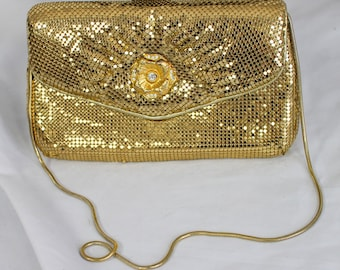 GOLD GLOMESH PURSE by Yuewton