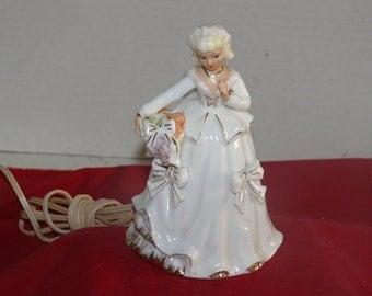 Lady Porcelain  Nightlight- - Off/On Switch - Vintage
