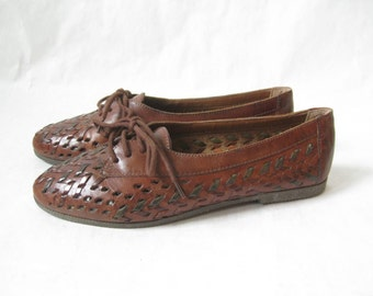 Vintage 80's Woven Leather Oxfords. Size 6