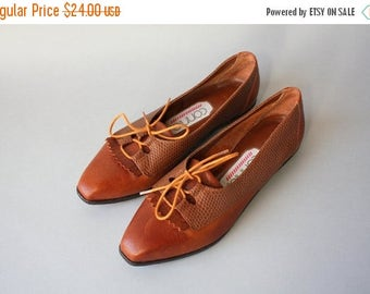 STOREWIDE SALE 1990s Shoes / Vintage 80s 90s Oxford Fringe Flats / 1980s Connie Brown Leather Flats 6