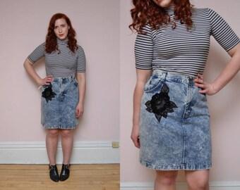 90s Denim Acid Wash Skirt // Denim High Waist Skirt // Embroidered Mini Skirt - Size L