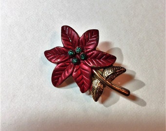 Vintage Poinsettia Brooch C Clasp Rhinestone Center Christmas Small