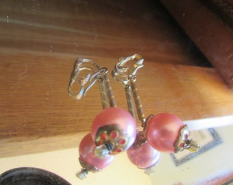 Pink pearl dangles clips