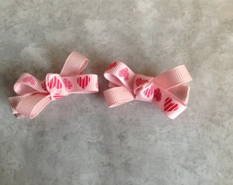 Mini Valentine's Day Hair Bows, Toddlers Hair Bows, Girls Hair Bows, Piggy Tail Hair Bows, Valentine's Day, Pink Hearts (Item 13-031)