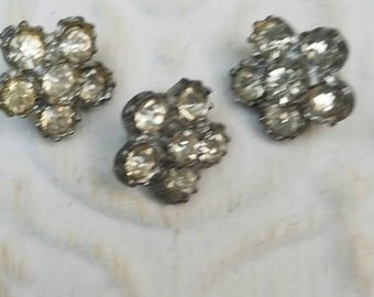 Vintage Buttons - 3 small matching  flower design rhinestone embellished, antique silver finish metal (feb65 17)