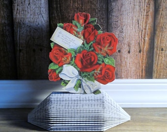 Vintage Valentines Greeting Card - Stand up Rose Bouquet