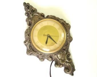 Vintage 1960's United Hollywood Regency Wall Clock - Metallic Gold