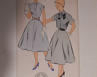 Vintage 50s Shirtwaist Dress with Bolero Pattern New York 1299 Size 13 Bust 31 UNCUT