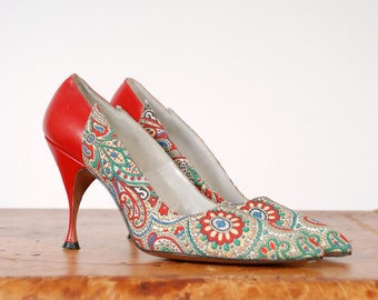 Vintage 1950s Shoes - The Temptation Heels - Gorgeous I.Miller Printed Stiletto High Heels in Red Leather and Multi-color Paisley Size 6 N