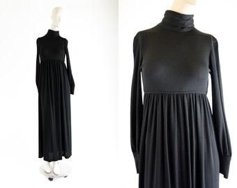 Vintage Black Polyester Long Sleeve Babydoll Waist Turtle Neck Woman's Retro Maxi Skirt