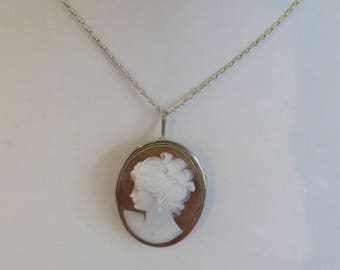 Vintage 800 Silver Carved Cameo Brooch/Necklace