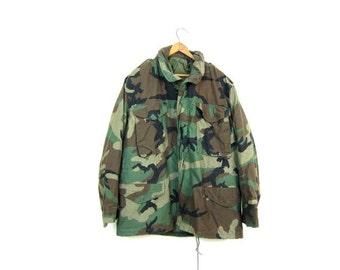 Vintage 80s Army Coat Green Camo Army Parka Military Coat Camouflage Zip Up Hooded Coat Oversized Grunge Coat Mens Medium