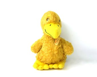 Animal Fair Bird Hawk Stuffed Yellow animal plush doll 1977 Vintage Toy with Tags Nostalgia Old School Toy GS