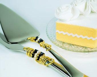 Navy white gold wedding cake knife server set Swarovski beaded crystal cake cutter pearl cake cutting ceremony reception decor nautical