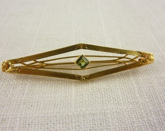 Antique Victorian 14K Peridot Engraved Bar Style Brooch