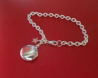 round locket on chunky chain