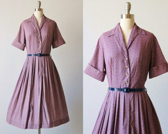 Vintage 1960s Fleur de Lis Print Dress / Shirtwaist Dress / Day Dress / Six Pence