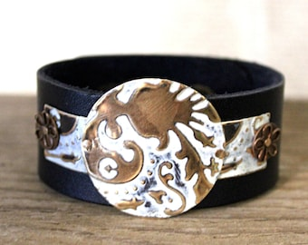 Leather Bracelets for Women, Leather Cuff Bracelets for Women, Vintaj Jewelry, Boho Jewelry, White Bracelet, Brass Jewelry, Bohemian Jewelry