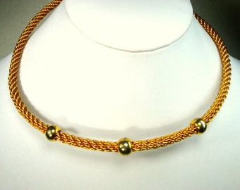 Vintage METRO TRIBAL Gold Neckring, Power Office Necklace, Warrior in the BoardRoom,  Very Shiny Gold Mesh Metal Necklace, Adjustable, 1980s