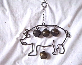 Vintage Farmhouse Metal Pig Bell Ringer Vintage Rustic Bells Vintage Hanging Pig Bells Vintage Outdoor Garden Bells Vintage Garden Decor