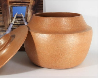 Bean Pot, 5.5 quart, Micaceous Pottery, Handmade, Handcoiled, Made in Santa Fe, Clay Cookware, Native American Inspired