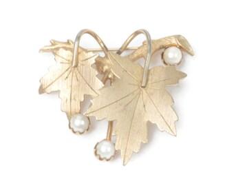 "Cultured Pearl Leaf Brooch Sarah Coventry ""Precious"" Vintage"