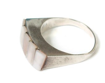 Pink MOP Shell Sterling Modernist Ring Size 7 Vintage