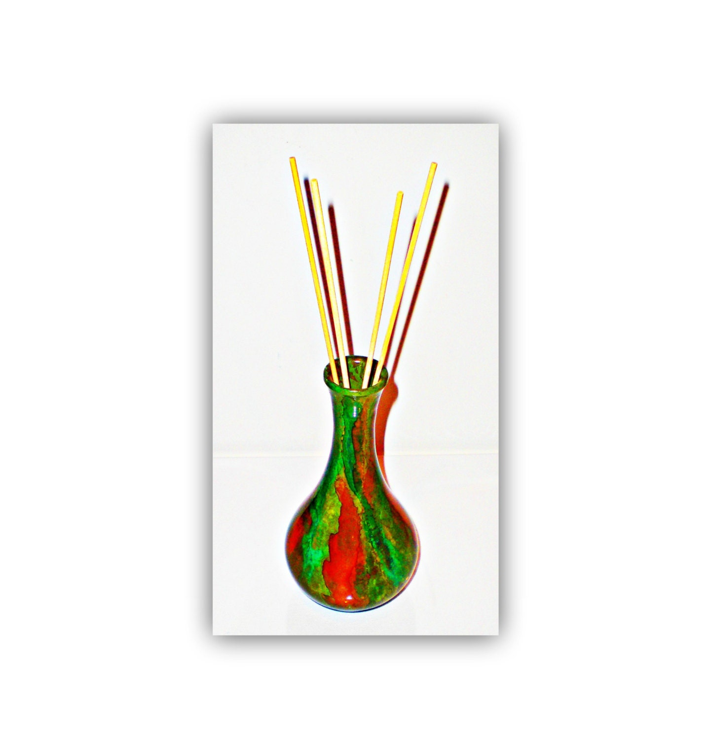Reed diffuser decor aromatherapy bottle hand painted glass for Decorative diffuser