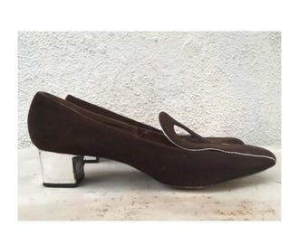 Lovely Vintage chocolate brown and silver mod loafers with silver heel size 7.5M