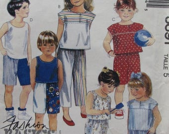 SALE- McCalls 3691/Uncut Vintage Sewing Pattern/Children's/Girls/Boys/Summer Clothing/Shorts/Tops/Size 5/1988