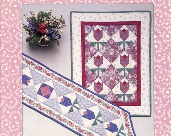 Tulip Table Runner & Wall Hanging