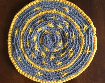 Dollhouse Round Rug Ships FREE to lower 48