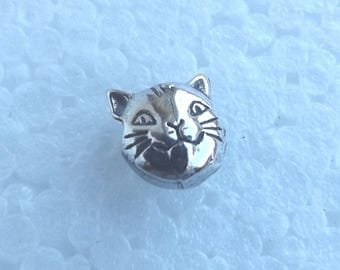Cat Face Bead Small Pewter Lead free Nickel Free 8mm x 8mm