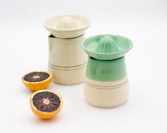 Citrus juicer - Pottery juicer  - Ceramic Lemon Reamer - Housewarming gift - Manual Hand Juicer - Citrus Strainer