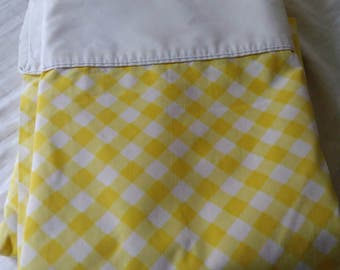 1960s Sprinmaid wondercale twin flat sheet yellow gingham