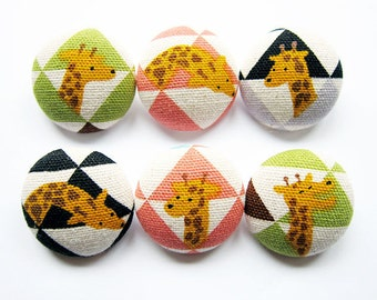 Giraffe Buttons - Sewing Buttons / Fabric Buttons - 6 Large Fabric Buttons