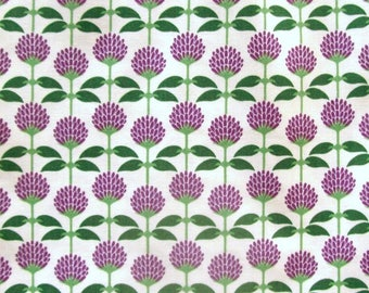 Americas Garden Deco State Vermont Red Clover from In The Beginning Fabrics - 1 Yard, 1/2 Yard, and Fat Quarters                 4/2017