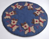Penny Rug Reindeer Christmas Candle and Table Mat by Happy Valley Primitives