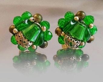 ON SALE Vintage Emerald Green Bead Earrings. Hong Kong.  1950s Beaded Earrings