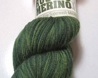 Rustic Merino Sport Forest Green 13 Superwash Wool 100 Gram Queensland Yarn
