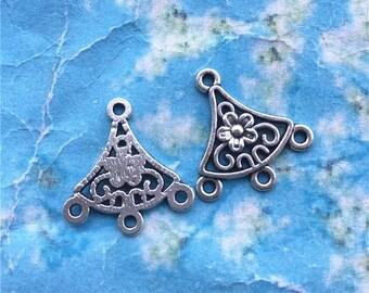 50pieces 20x19mm antiqued silver plum flower filigree connectors--earring connectors