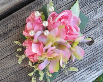 Romantic  PINK Roses and pink  flowers  -  Cluster hair clip -