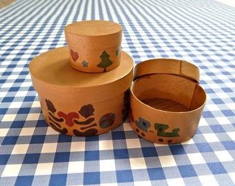 Set 3 Miniature Dollhouse  Hat Boxes Nesting Stenciled Wood
